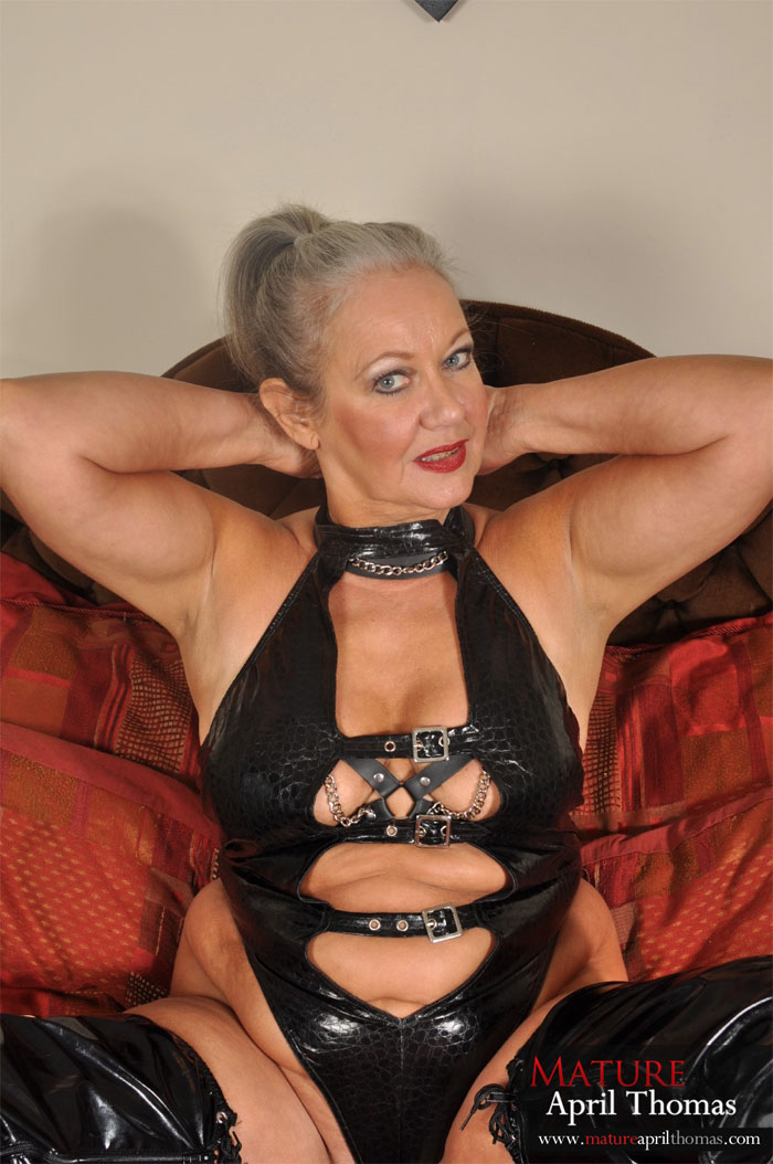 image British milf april rips her tights for easy access